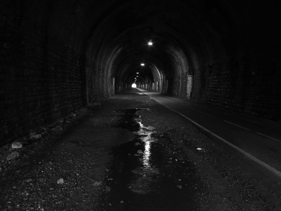 Tunnel reflection1